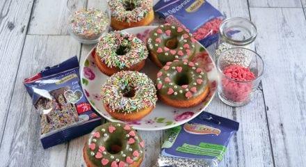 Donuts al cocco e pistacchio
