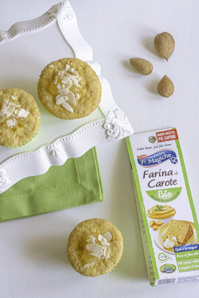 Muffin alle carote e mandorle cotti al microonde